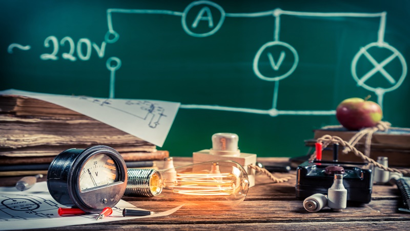 Применение информационно-коммуникационных технологий в преподавании физики: обработка и визуализация результатов физического эксперимента