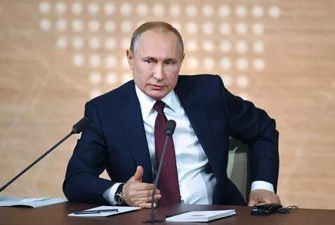 Путин поручил решить вопрос малокомплектных школ