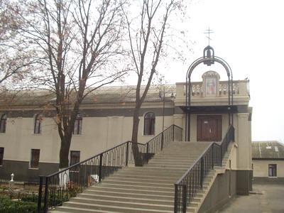 http://diocese-tiras.org/file/images/petra_pavla_monastyr.jpg