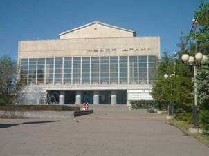 http://mir-teatra.ru/uploads/posts/2012-10/1351278013_orskiy-teatr-dramy-1.jpg
