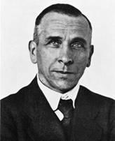 http://www.think-aboutit.com/wp-content/uploads/2015/04/Alfred_Wegener_ca.1924-30-570x702.jpg
