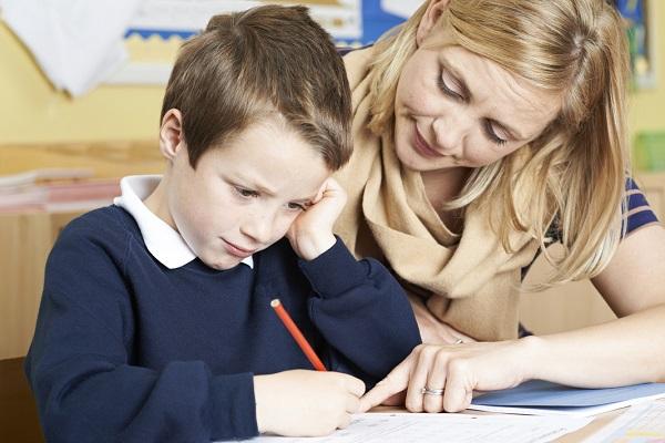 26% родителям приходится искать помощи у репетиторов.