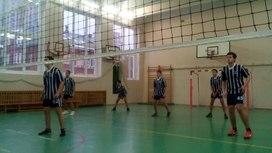 Межрайонный турнир по волейболу (9-10 класс, физическая культура)