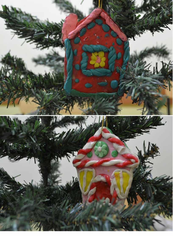 Пряничные домики из пластилина. Елочные игрушки. Творческие   работы детей.