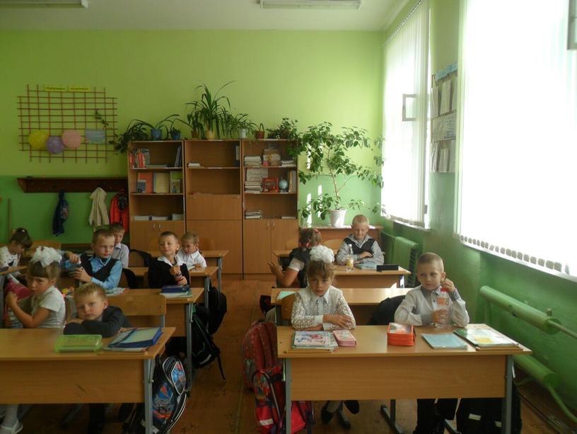 """Разработка внеклассного мероприятия """"Мы теперь не просто дети, мы теперь - ученики! (1 класс_"""
